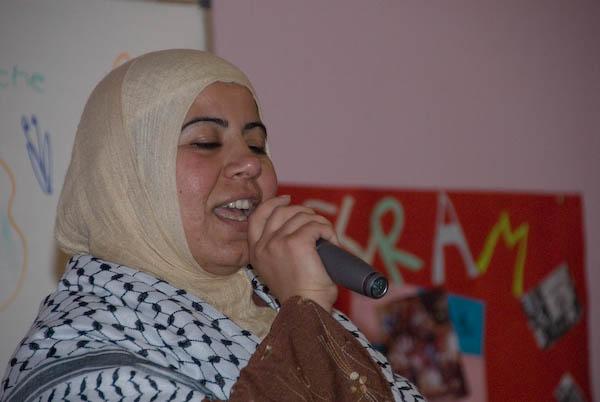 Arwa sings